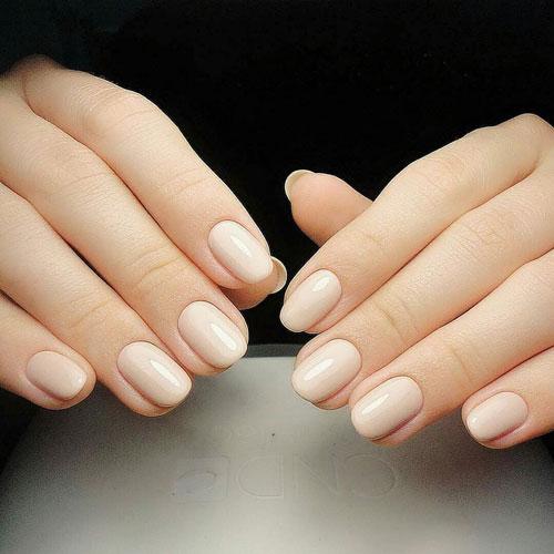 красивая форма на короткие ногти 4