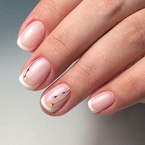 красивый маникюр френч на короткие ногти 5