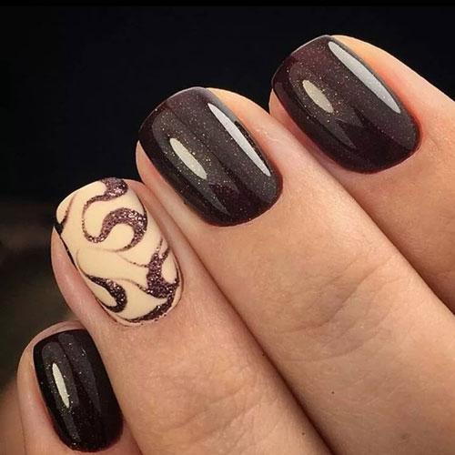 красивый маникюр в контрастных темных оттенках на короткие ногти 4