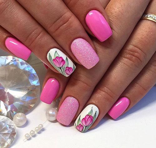 красивый маникюр в ярких расцветках на короткие ногти 3
