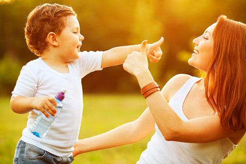 Красивые и трогательные стихи о маме для детей и взрослых