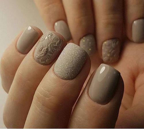 Маникюр с пудрой на короткие ногти 4