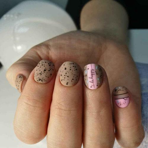Перепелиный дизайн маникюра на короткие ногти