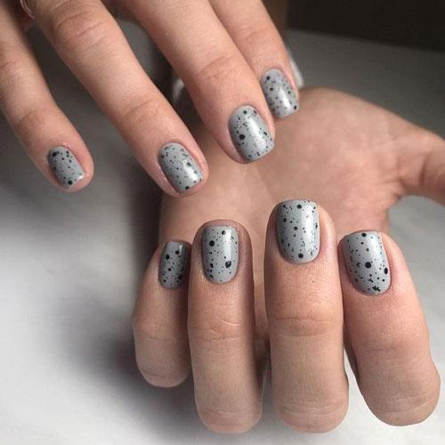 Перепелиный дизайн маникюра на короткие ногти 2