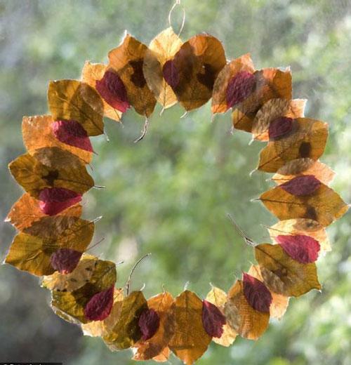 поделка венок из листьев на тему осень
