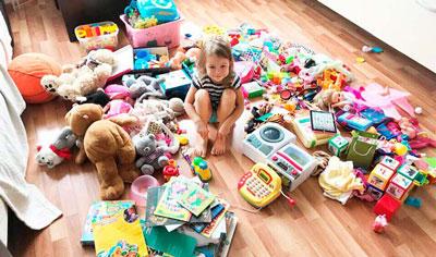 Сколько игрушек должно быть у ребенка в 3 года