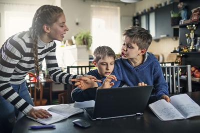 Дети и родители на дистанционке 1