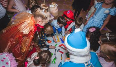 Интересные конкурсы на Новый год для детей 7-8 лет