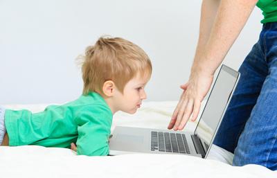 Как отучить ребенка в 2 года от гаджетов