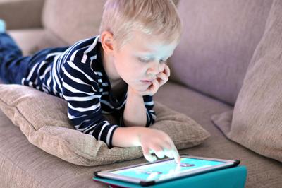 Как отучить ребенка в 3 года от гаджетов