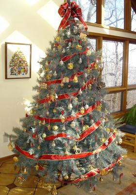 красиво украсить елку на новый год дома