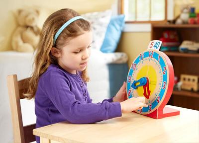 как научить ребенка определять время на часах