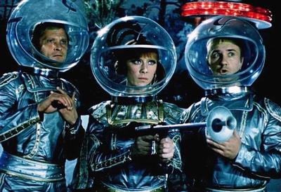 новогодних фильмов для всей семьи «Эта веселая планета»