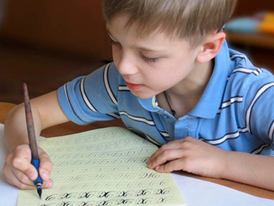 Как быстро научить ребенка в 6 лет красиво писать