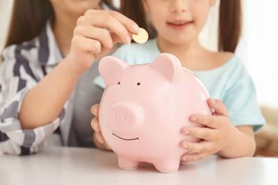 как научить ребенка в 10 лет обращаться с деньгами