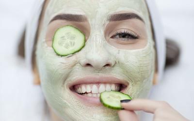 сделать кожу лица идеальной в домашних условиях с помощью маски