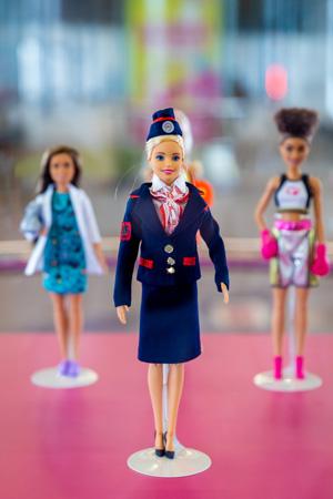 «Barbie-машинистка» 3