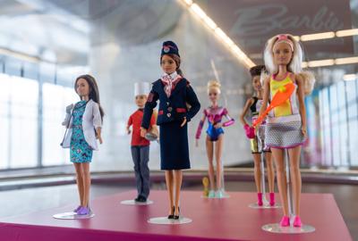 «Barbie-машинистка» 2