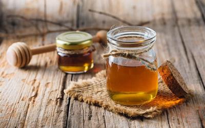 Укрепление десен медом