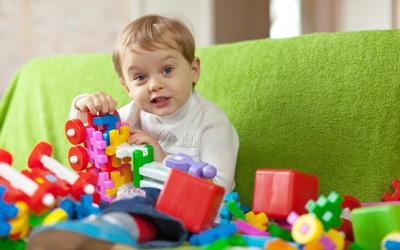 ребенку год, во что поиграть