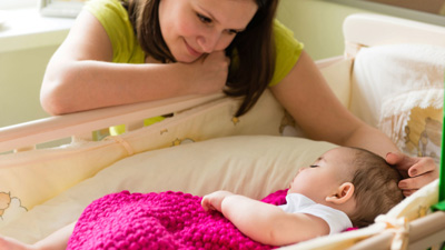 как отучить ребенка от сна на руках