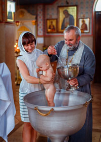 во сколько крестят новорожденного ребенка в церкви
