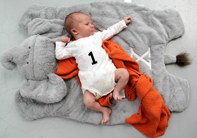 нужно ли пеленать новорожденного ребенка доктор комаровский