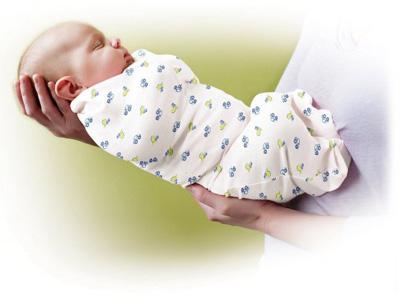 нужно ли пеленать новорожденного ребенка доктор