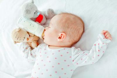 Отучить ребенка от ночных кормлений из бутылочки в 1 год