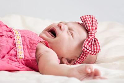 почему ребенок плачет после купания 2 месяца