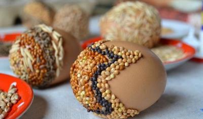 почему на пасху непременно красили яйца