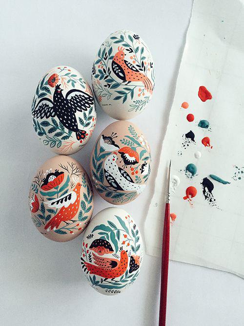красим яйца на Пасху оригинальные идеи 2