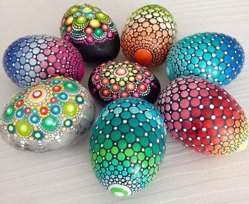 красим яйца на Пасху оригинальные идеи 3