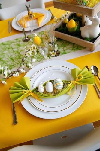 украшание стола салфетками