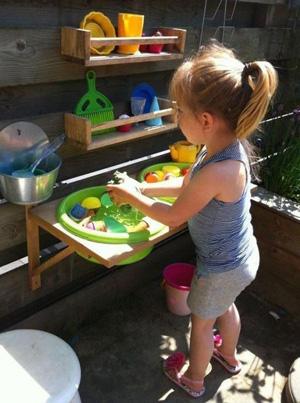 как можно занять ребенка в 3 года на даче