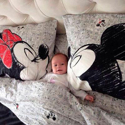 почему дети спят без подушки