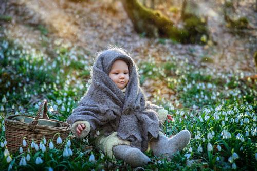 Стихи про весенние цветы для детей: подснежник
