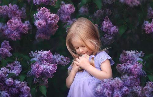 Красивые и короткие стихи про весенние цветы для детей