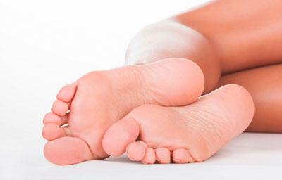 Как очистить пятки от огрубевшей кожи дома 2