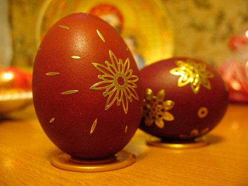 Яйца крашенные луковой шелухой 3
