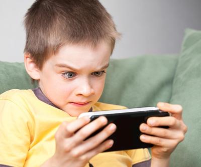 почему у детей появляются вредные привычки