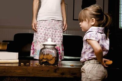 Как уберечь ребенка от вредных привычек в 5 лет