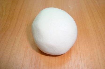 шарик из соленого теста на Пасху