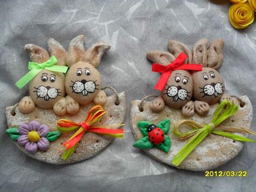 поделка кролики из соленого теста на Пасху
