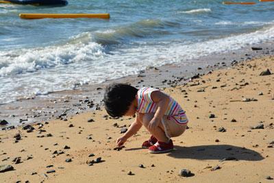 игры на пляже с ребенком 4 лет