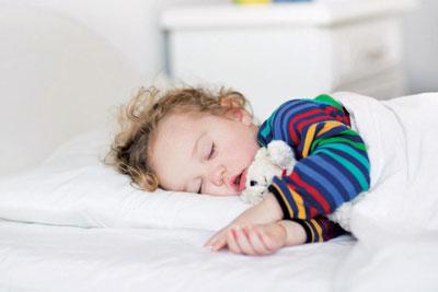 научить ребенка в год засыпать самостоятельно