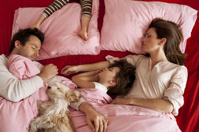 как приучить ребенка спать отдельно в 1 год