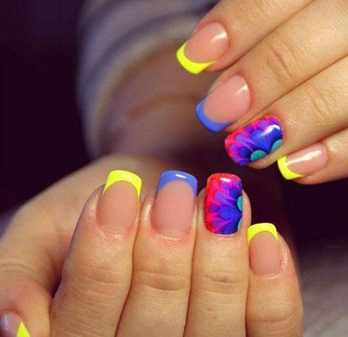 разноцветные цветы маникюр