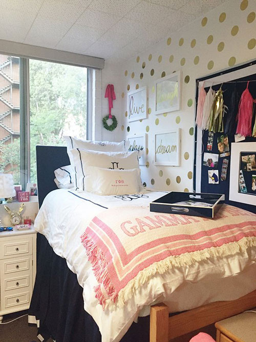 Спальня в современном стиле для подростка 2