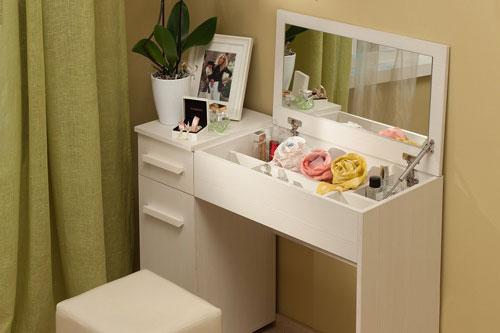 туалетный столик в спальни девушки подростка 2